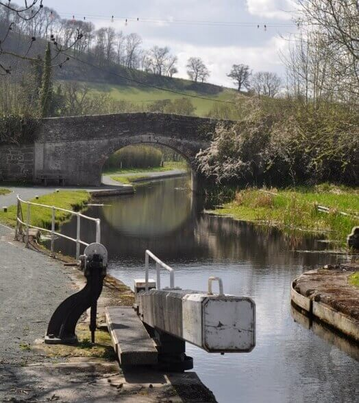 Montgomery Canal visit walks Wales